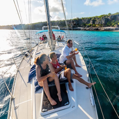 Phoenix-SoloBon-Sailing-1000-steps-private-charter