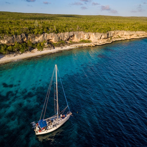 Boat rental Bonaire by SoloBon Sailing