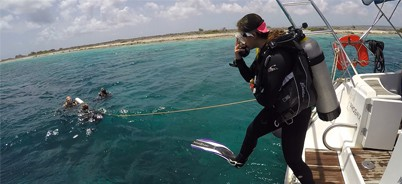 Sail and dive excursion on bonaire